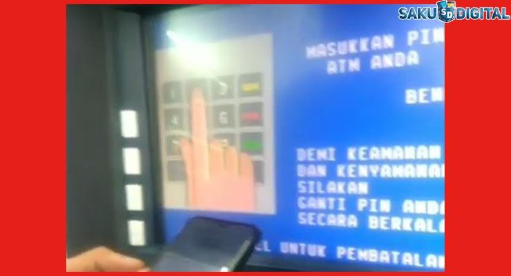 2 Masukan Kartu ATM dan PIN