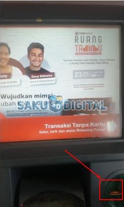 2 Masukan Kartu ATM CIMB Niaga